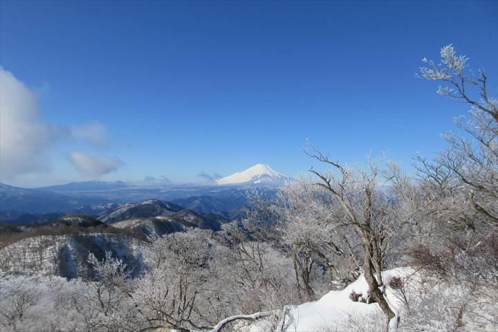 塔ノ岳の雪