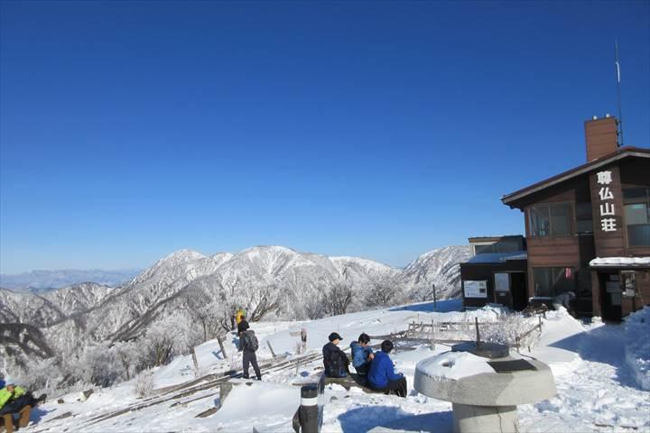 雪の塔ノ岳山頂