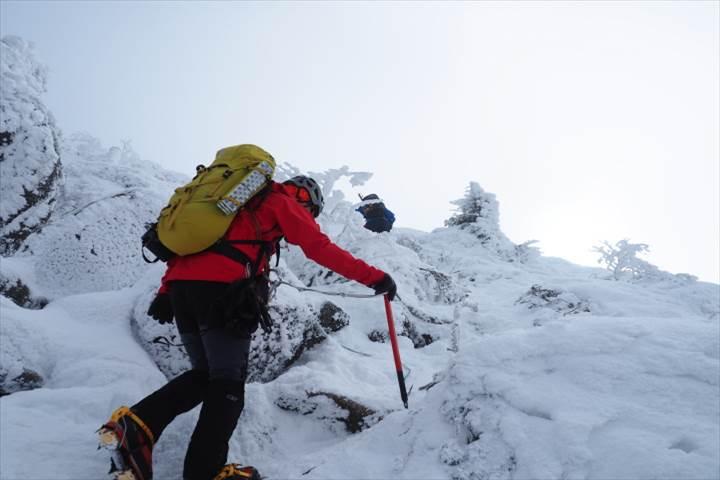 西天狗岳山頂へ2